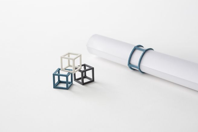 立体的な輪ゴム