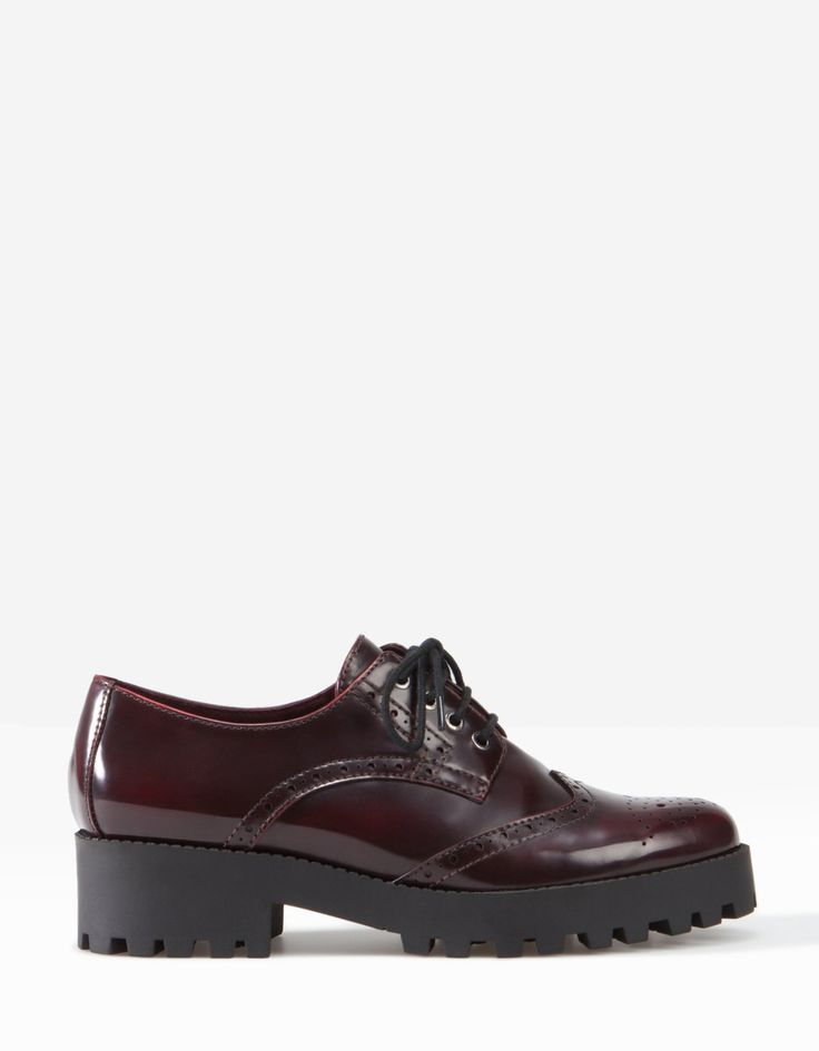 Stradivarius Punched Bluchers with Track Sole