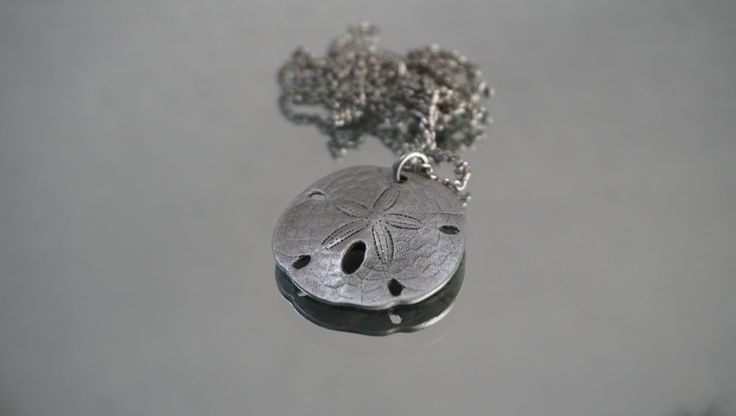 Silver Tone Sand Dollar Pendant Necklace, Life's a Beach Sand Dollar, Sand Dollar Jewelry, Trend Beach Jewelry, Sand Dollar Pendant, Surfer by LeTreasurelat on Etsy