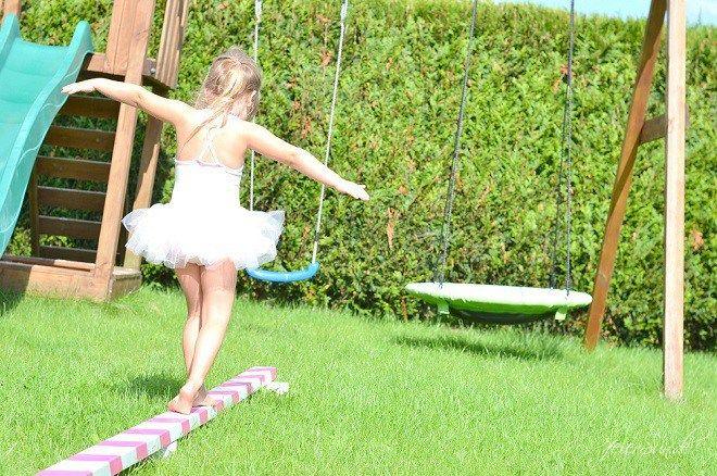 kleine Ballerinas kleine Ballerinas wenn-kleine-ballerinas-geburtstag-feiern_kindergeburtstag-maedchengeburtstag_ballerina