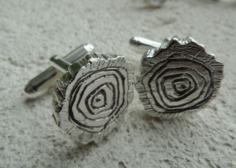For the nature lover on your list...Log Slice Cufflinks by #SlashpileDesigns #cufflinks #giftguide