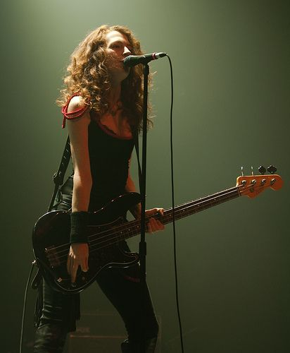 - Melissa Auf der Maur ~ Has Played Bass for Tinker, Hole and Smashing Pumpkins…