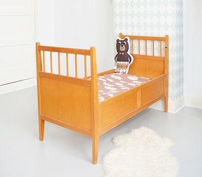 Vintage baby/peuterbed   Feestrijk