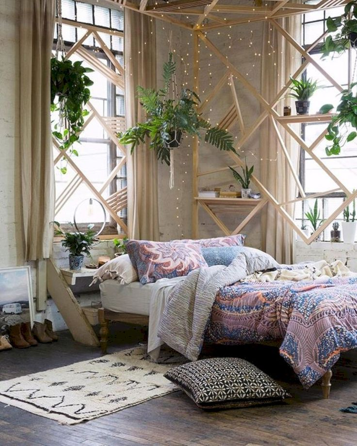 Nice 68 Refined Boho Chic Bedroom Design Ideas. More at https://trendecor.co/2017/10/13/68-refined-boho-chic-bedroom-design-ideas/