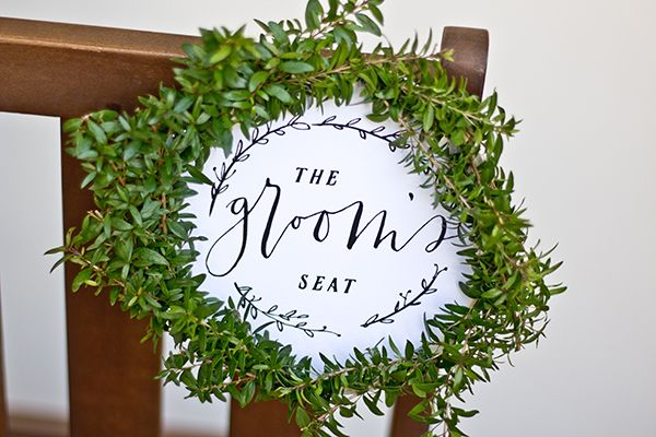 Free Printable Chair Signs for the Bride and Groom | Susan Brand Photography on @limnandlovely via @aislesociety