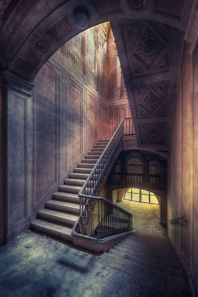 Mystical Stairway (by kleiner uRbEx hobbit)