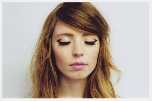 eyeliner: Catey, Make Up, Hair Colors, Eye Makeup, Cat Eyes, Style, Wings Eyeliner, Beautiful, Eye Liner