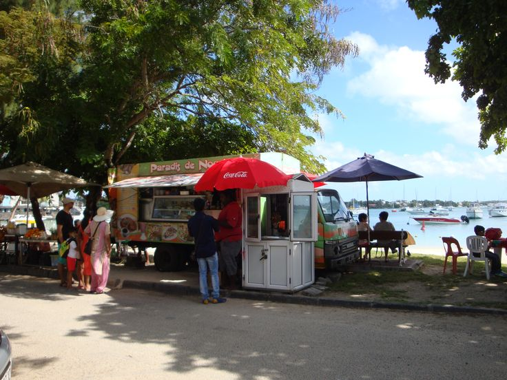 street food ... Grand Baie #Maurice