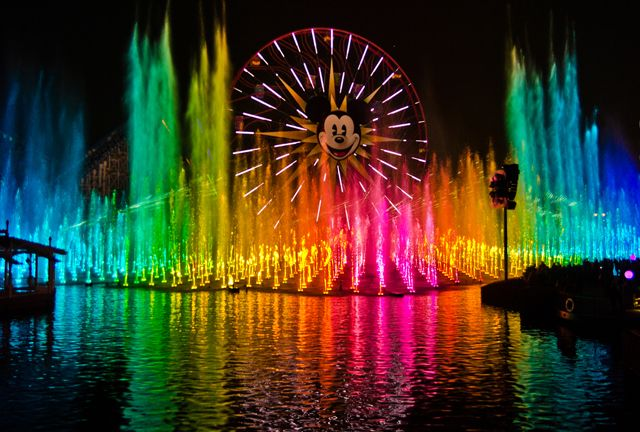 World of Color Photos...I REALLY wish I could take gorgeous pictures like these!