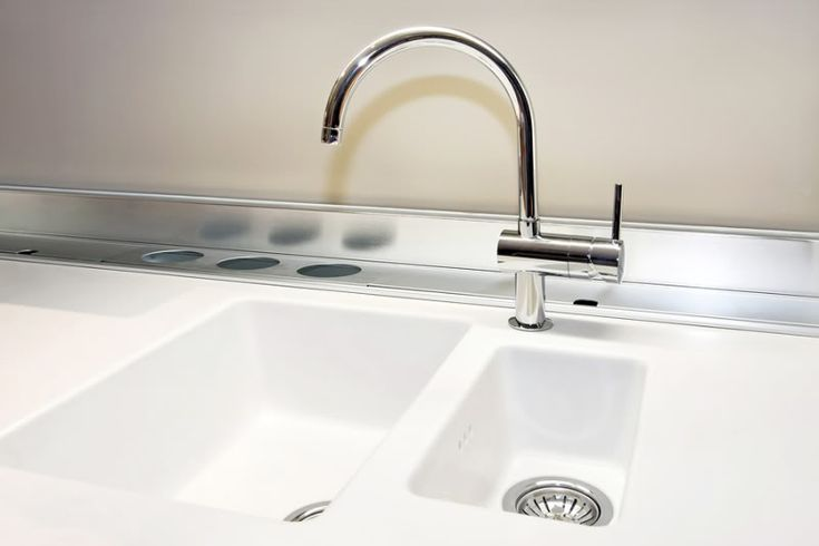 Cleaning your Corian sink....this really works....i tried it tonight!