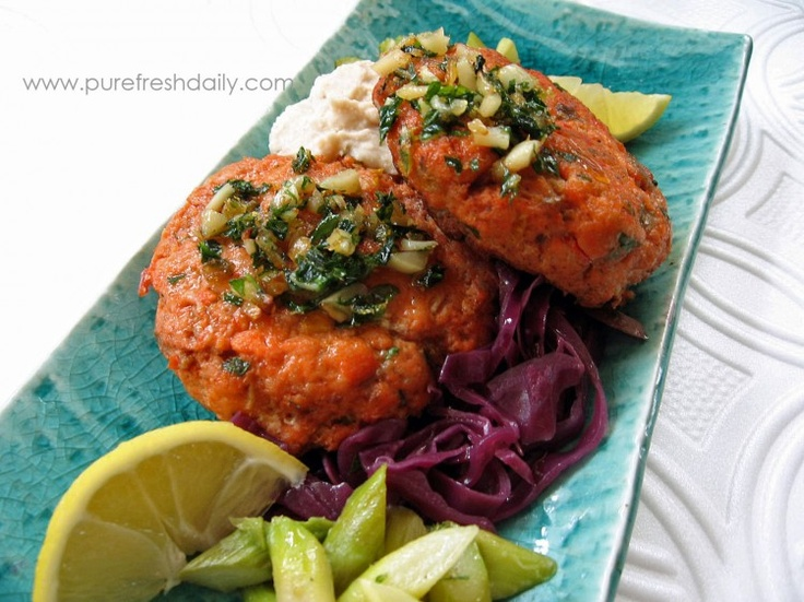 Salmon Cakes topped with Gremolata, Sweet & Tangy Red Cabbage, White Bean Puree and Asparagus: Puree Fresh, Delicious Gremolata, Burgers Tops, Fresh Food, Salmon Burgers, Fresh Daily, Salmon Patties, Salmon Cakes, Fresh Seafood