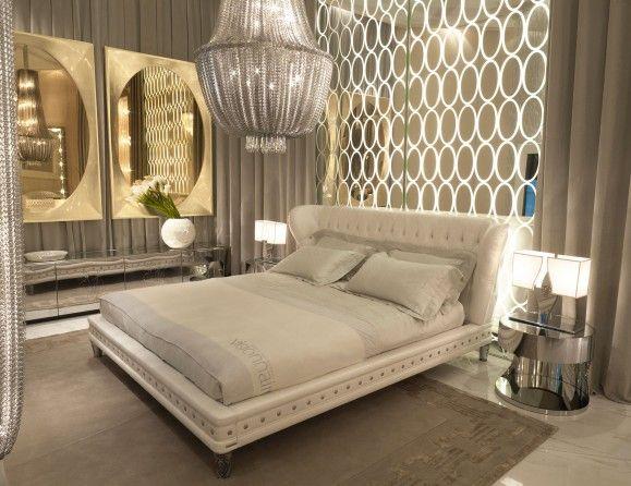 Nella Vetrina Visionnaire IPE Cavalli Nottingham Luxury Italian Bed