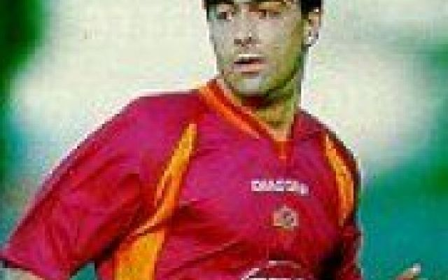 CESAR GOMEZ PER LA RUBRICA BIDONI Tutto ha inizio nella stagione 1996/97 quando in Coppa Uefa la Lazio allenata da Zdenek Zeman affonda a Tenerife. Dopo l'andata vinta all'Olimpico i biancocelesti crollano alle isole Canarie per 5-3  #seriea #calcio #cesargomez