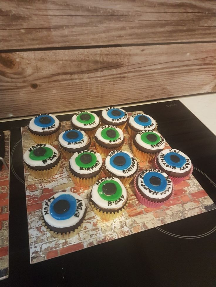 Scooter wheel cupcakes