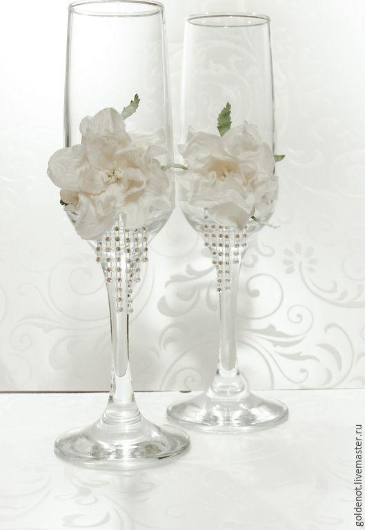 """Купить Свадебные бокалы """"Легкость"""" - белый, бокалы для свадьбы, бокалы для молодоженов, бокалы для шампанского"""