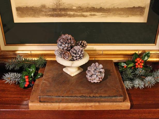 Home for the Holidays: How to Make Leather-Wrapped Books (http://blog.hgtv.com/design/2013/11/14/home-for-the-holidays-how-to-make-leather-wrapped-books/?soc=pinterest)Covers Book, Design Homes, Decor Ideas, Leather Wraps Book, Leatherwrap Book, Distressed Leather Wraps, Book Covers, Leather Jackets, Distressed Leatherwrap