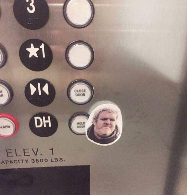 GOT Hodor is dead... Best memes jokes and pictures shared - http://jokideo.com/got-hodor-is-dead-best-memes-jokes-and-pictures-shared/