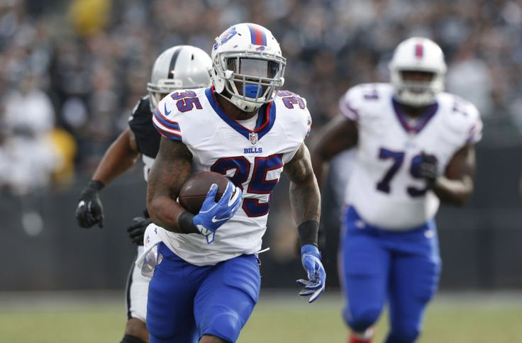New England Patriots Rumors: Team Hosts Restricted FA Mike Gillislee