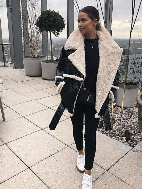 44 Awesome Black Jeans Winter Outfits Ideas 1