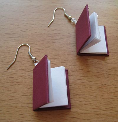 How to make Book Earrings - the perfect gift for the librarian in your life!