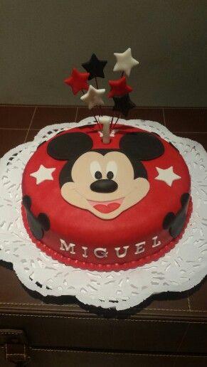 Tarta de su personaje favorito, para celebrar su primer cumpleaños!