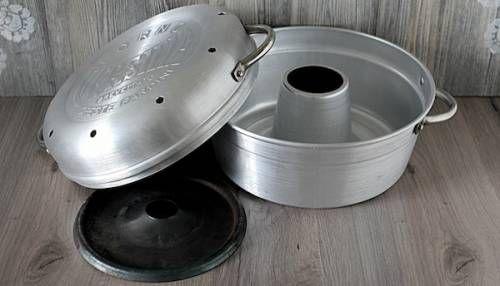 La pentola fornetto... un grazioso attrezzo da cucina purtroppo poco usato al giorno d'oggi ma molto utile e ingegnoso!