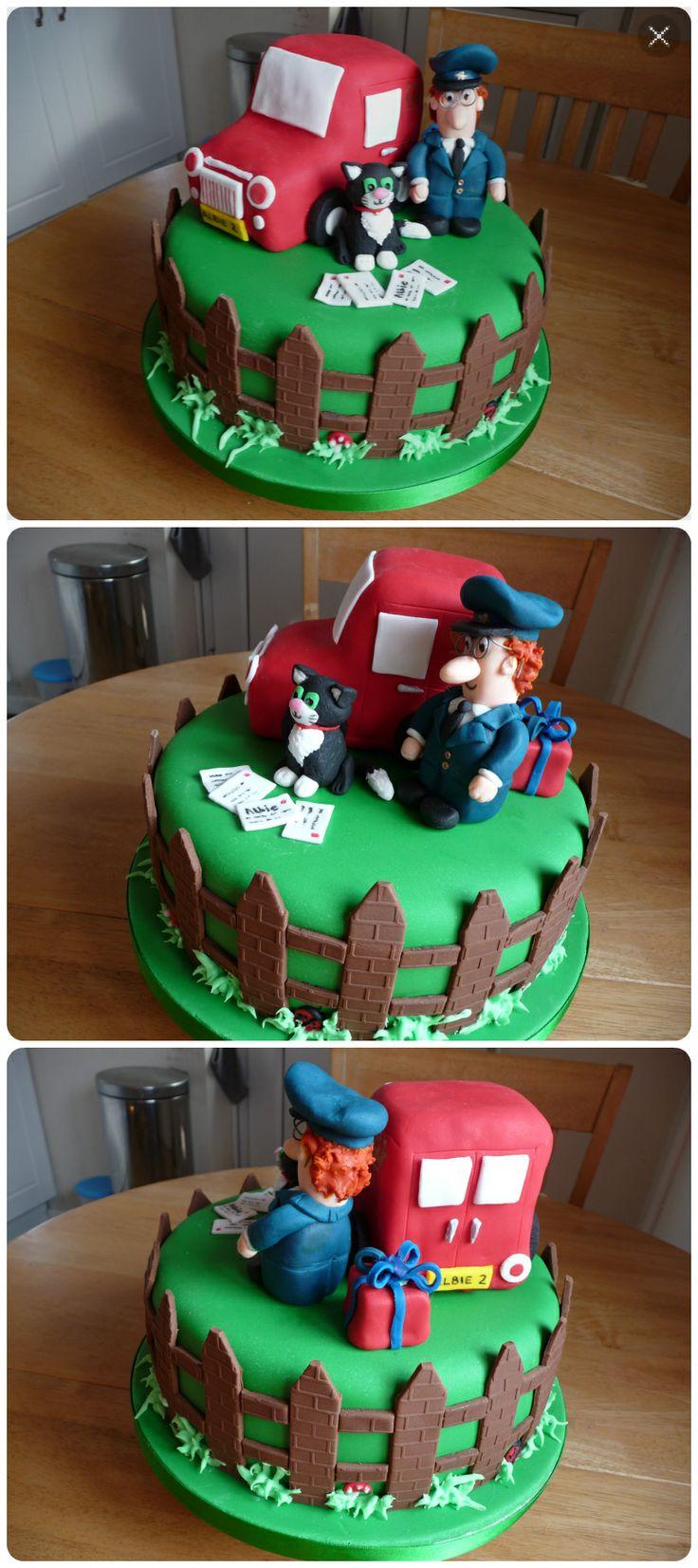 Postman Pat Birthday cake. Credit: Makeybakeycakey, Nottingham.