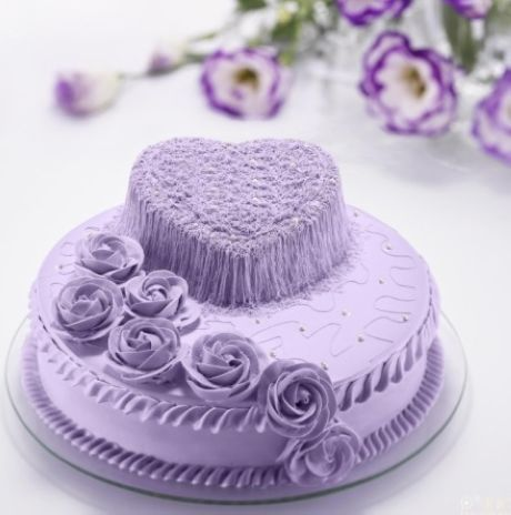 Purple  hearts and flowers cake