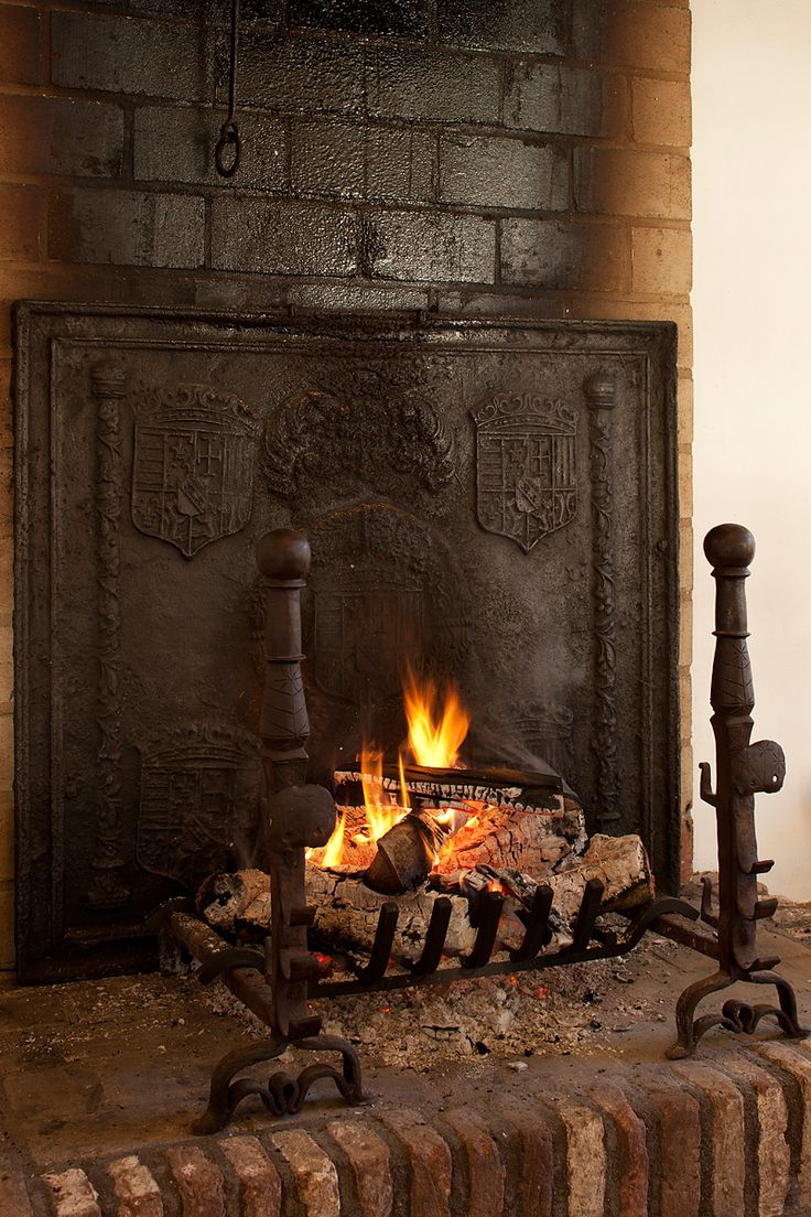 fireback northline forward w cfb room iron fire reflects cast into the x express h fireplace fox heat from