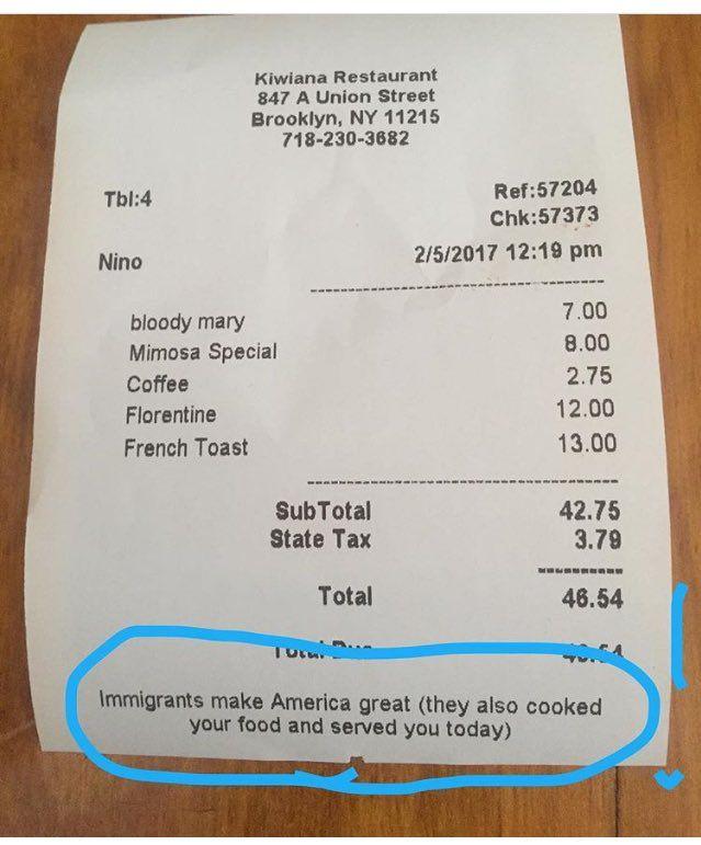 """""""Einwanderer machen Amerika groß - und sie haben übrigens heute auch Ihr Essen gekocht"""":  Mit diesen Worten protestiert ein neuseeländisches Restaurant im New Yorker Stadtteil Brooklyn gegen das US-Einreiseverbot. Es ist nicht das einzige."""