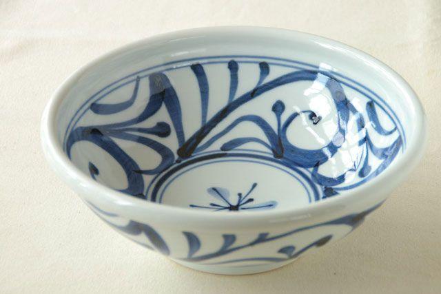 和食器・砥部焼 からくさの大鉢(8寸)