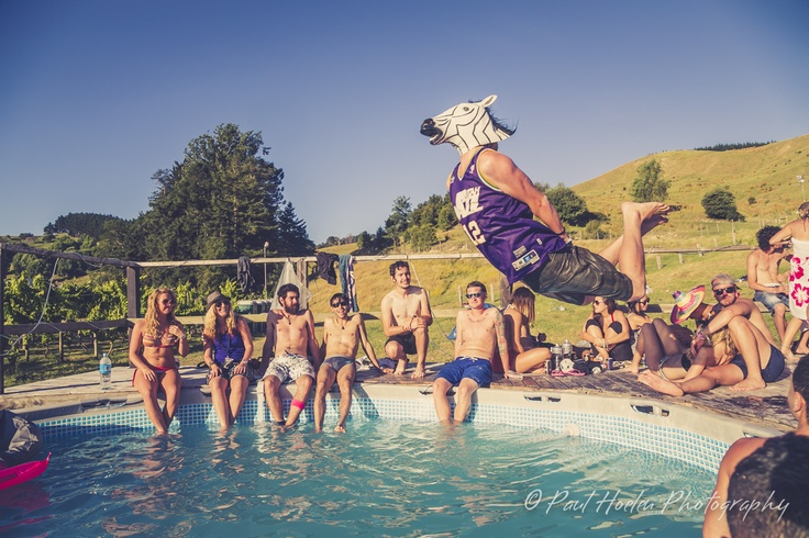 R Pool Party