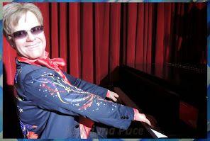 Elton John http://evasionqc.blogspot.ca/2014/03/a-vos-marques-grevin2.html
