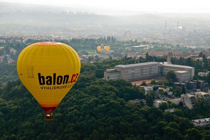Let balónem nad Brnem