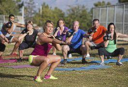 Hindu Squats for Weight Loss | LIVESTRONG.COM