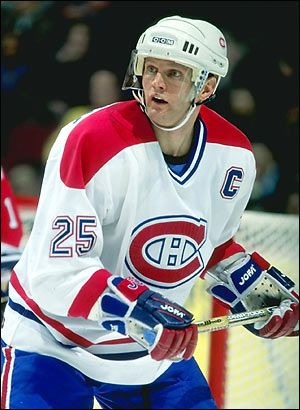 Vincent Damphousse	 Toronto Maple Leafs,Edmonton Oilers, Montreal Canadiens, San Jose Sharks	 1205 pts