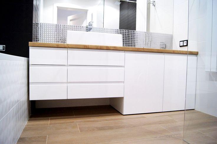 Meble na wymiar Katowice / Mysłowice , łazienka , biała , white , lakier , uchwyty frezowane , blat , drewnopodobny , wood , dąb arlington , egger , nowoczesna , szuflady
