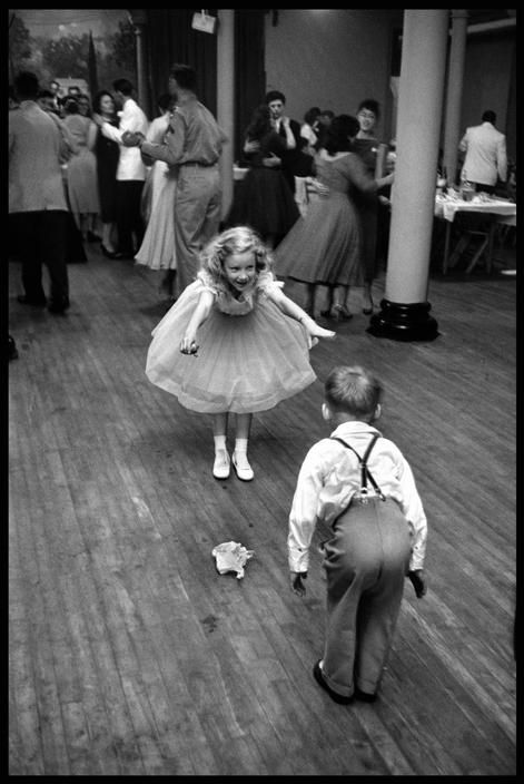 New York, 1955 By Elliott Erwitt
