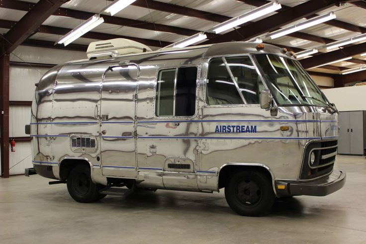 Vintage Trailers | 1975 Airstream Argosy