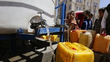 Cholera crisis in Yemen is caused by poor access to clean water. Until recently Yemen had a functioning sewer and water system, garbage collection and so on, but they have fallen apart due to war. Inadequate funding and violent conflict meant repairs weren't made and workers weren't paid so they left. Drought has exacerbated the problem.
