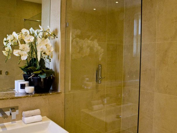 Modern Bathroom Design Ideas, Projects and Photos | Ideas | PaperToStone