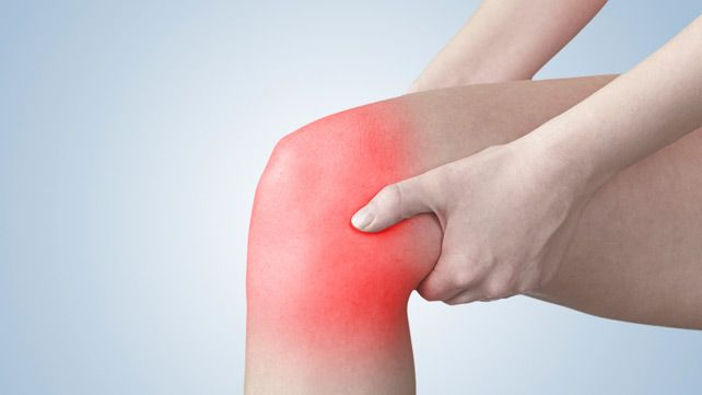 Mild to moderate knee pain can often be successfully treated at home. Whether due to a sprain or arthritis, there are several ways to combat pain. Read more.