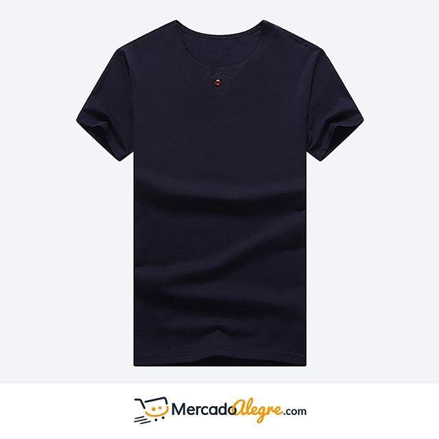 Esta camisa cuello redondo tiene algo que la hace diferente y especial: ese pequeño botón adelante.  Puedes preguntar por ella a través de nuestro numero telefónico +57 300 8004315.  .  .  .  .  .  .  .  .  #Colombia #Compras #Medellin #Mercado #Bogota #Cali #followforfollow #Moda #Ropa #Ventas #Mercado #Alegre #Pereira #SantaMarta #Barranquilla #vistealamoda #free #Happy #cartagena