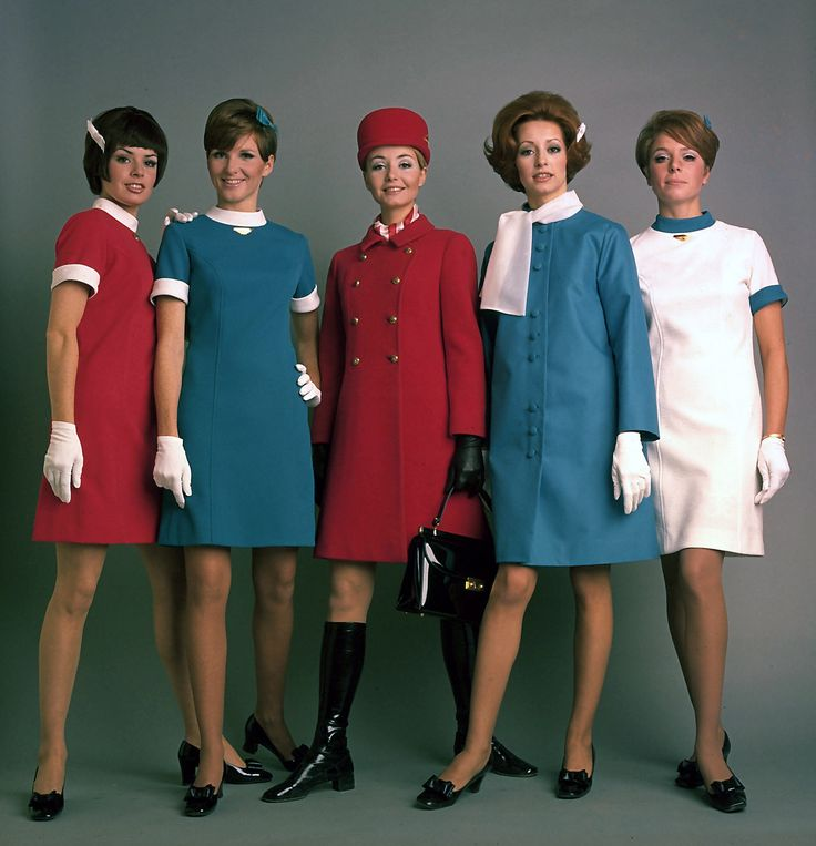 From classic and formal to young and mod, the Air Canada uniform of the late 60s was clearly influenced by the pop music styling of the time! Flight attendants now wore short A-line (above-the-knee) dresses with Peter Pan collars rather than suits and blouses, and could choose to wear flared trousers, box jackets or a coat.