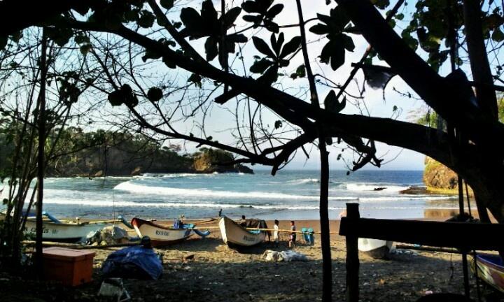 Hidden beach @pangandaran, indonesia