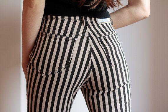 80s striped bermudas// four pocket bermudas// by UndiciVintage
