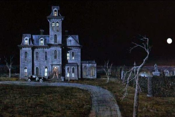 the addams family home at 0001 cemetery lane — blueprints / floor