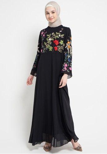 6b2f92fc19 Beli Kamilaa by Itang Yunasz Gaia Dress dengan harga hanya Rp 999.000 di  ZALORA Indonesia ®