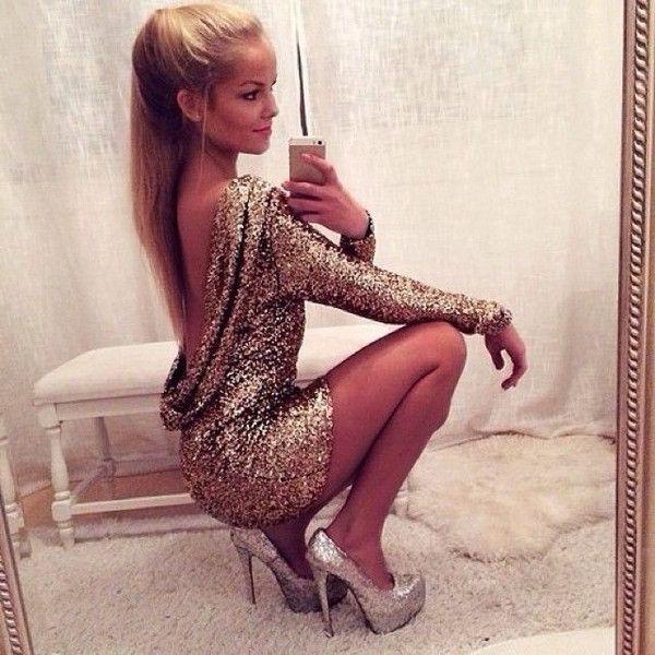 Long dress backless high heels