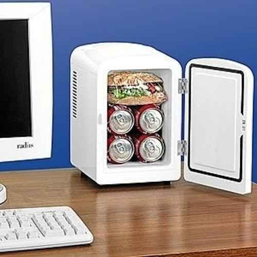 Best 20 work cubicle ideas on pinterest decorating work for Cool things for your cubicle
